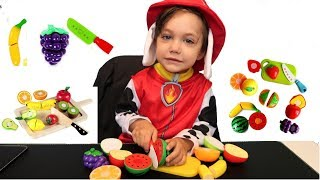Learn Colors and Names of Fruits with Cutting Fruit Playset for Children with Zack