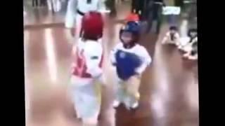 Приколы смотреть онлайн Детские бои без правил Улет  funny children
