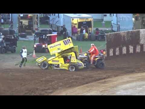 Angell Park Speedway Sprint Car Action