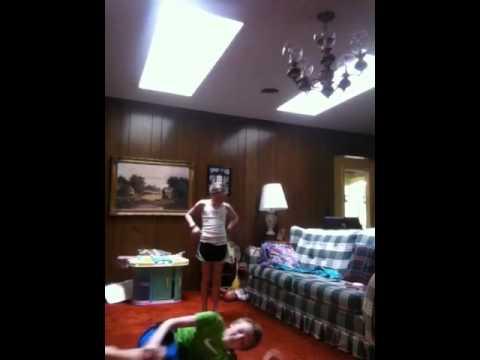 9 year old girl beating up 12 year old boy thumbnail