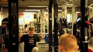 På trening med Emil Weber Meek