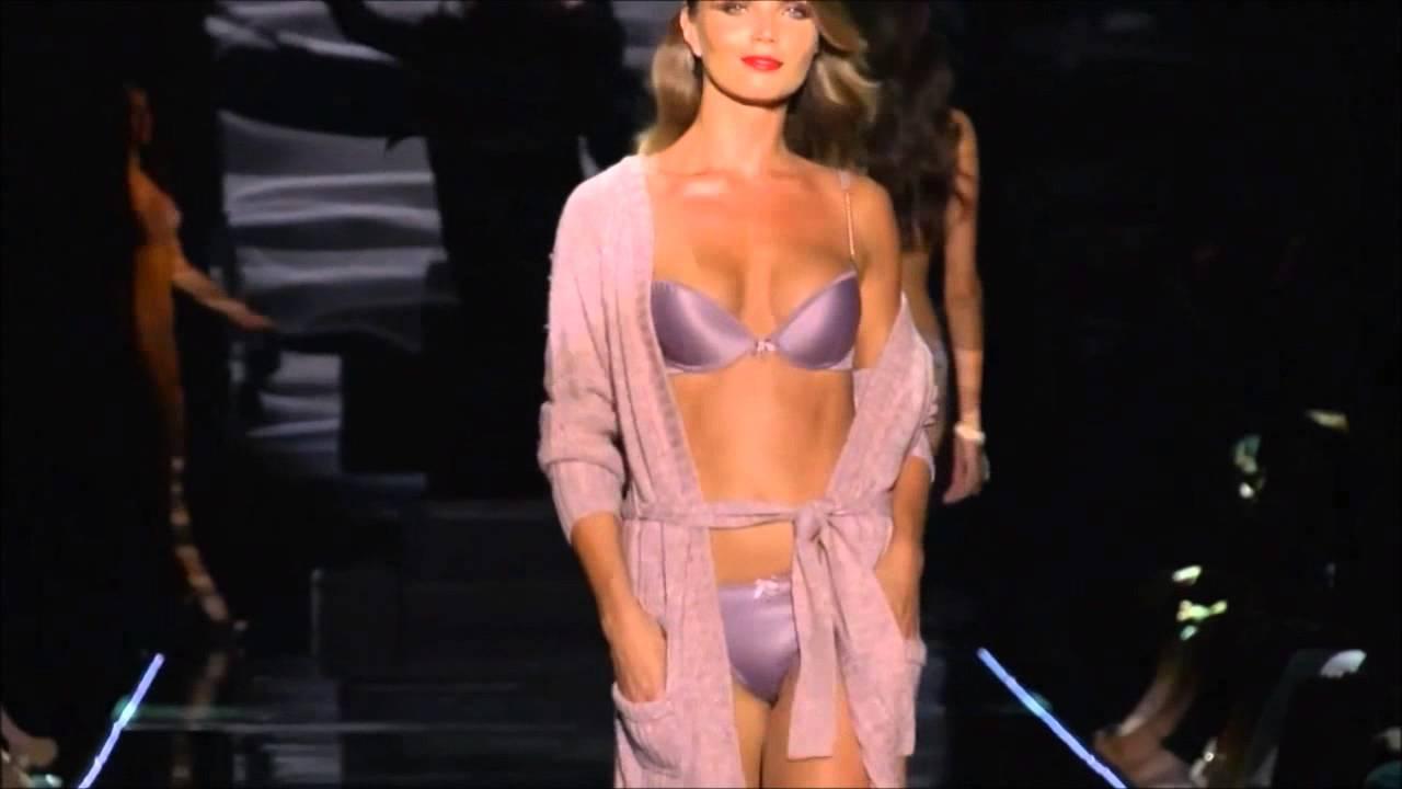 показ моды в хорошем качестве скачать эротическое бельё
