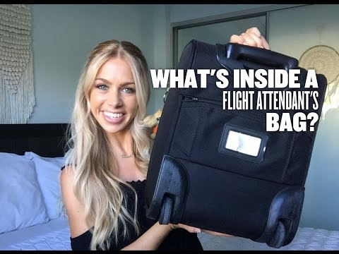 FLIGHT ATTENDANT ✈ What's in my cabin bag!?