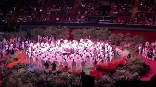Kanye West & Sunday Service Choir - Closed on Sunday (Live at The Forum)