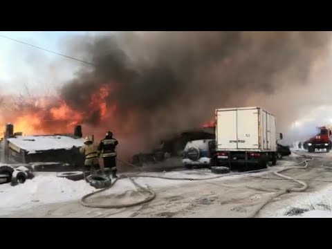 Семьям погорельцев из Новосибирска требуются тёплые вещи