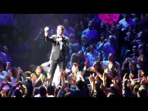 Michael Buble - To Love Somebody (Live)