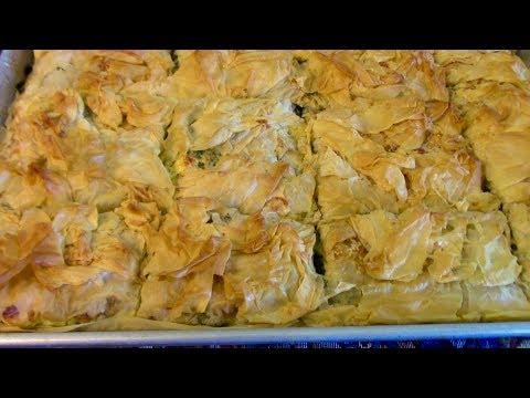 Spanakopita / Greek Spinach Pie