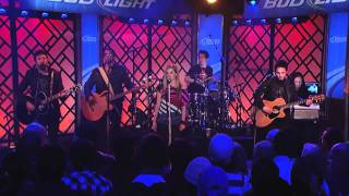 Download Avril Lavigne - Push Live On Jimmy Kimmel 2011 Lyrics MP3 song and Music Video