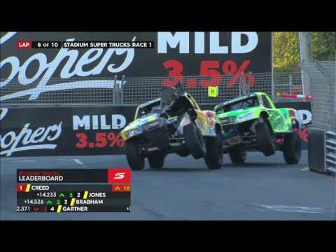 2016 Gold Coast Stadium SUPER Trucks Race 1