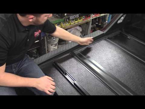 Ridgeline  Truck Bed Cover Feature