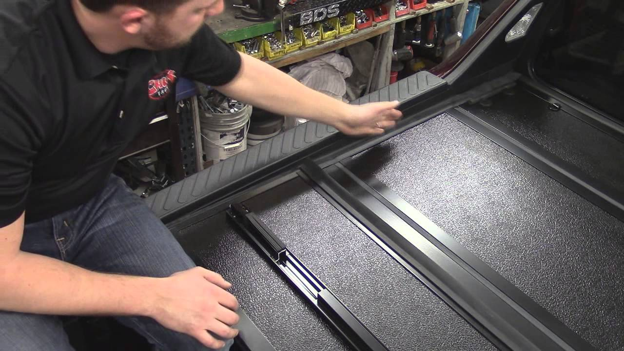 Bakflip G2 Tonneau Cover On 2010 Honda Ridgeline Youtube