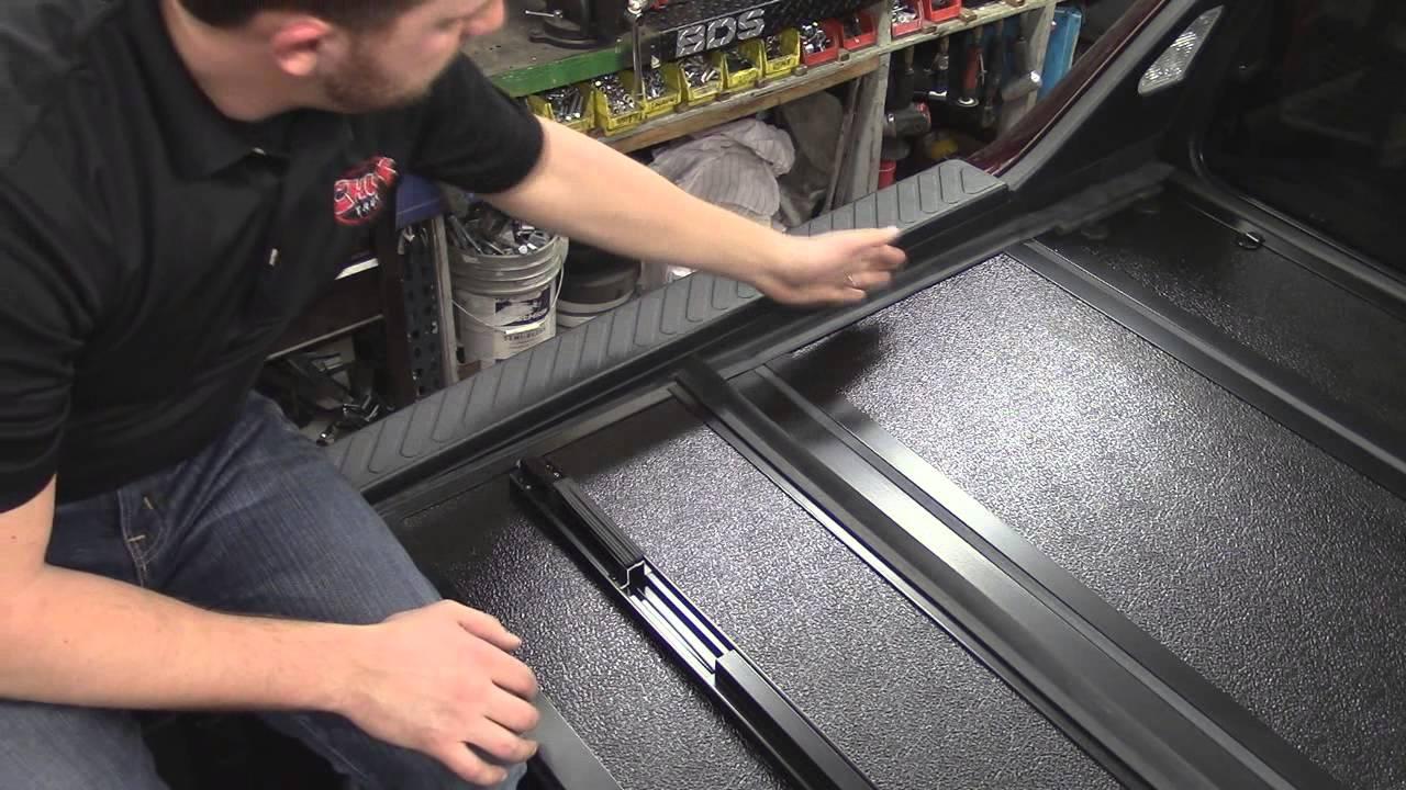 Bakflip G2 Tonneau Cover On 2010 Honda Ridgeline Youtube