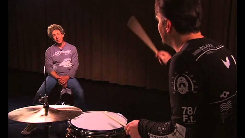 8 (Spotlight) Gavin Harrison - Overriding
