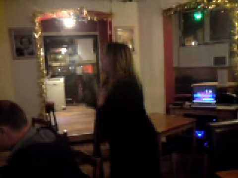 prince harry pub - karaoke sandra oh so quiet