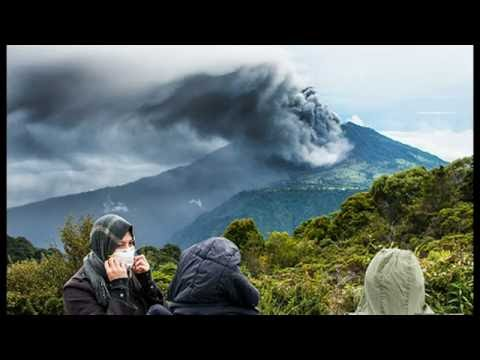 Mount Sinabung Eruption In Indonesia Kills Villagers, Turrialba Volcano Erupts In Costa Rica