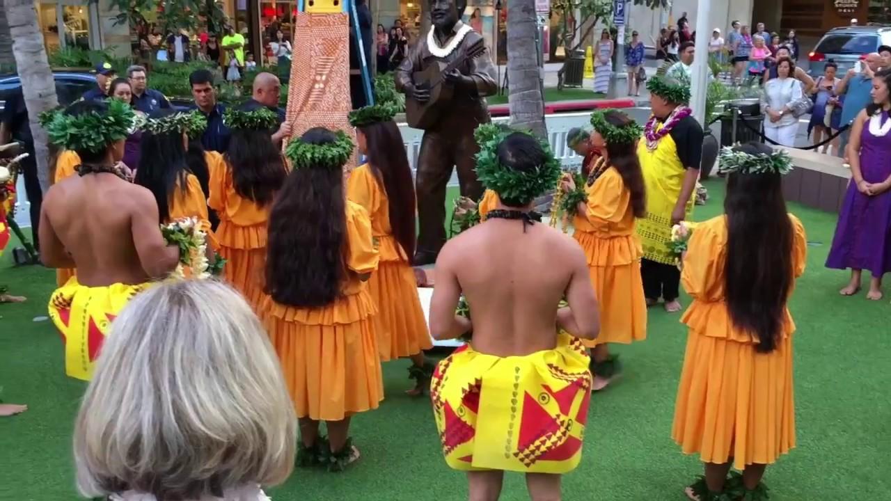 how to become a kumu hula