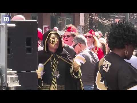 "New Orleans Saints fans throw ""Boycott Bowl"" instead of watching Super Bowl"