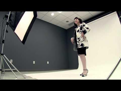 Fashion Flash: Dr. Maria Pujana visits The Plain Dealer