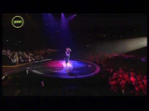 Stacie Orrico- Stuck live Pepsi Chart