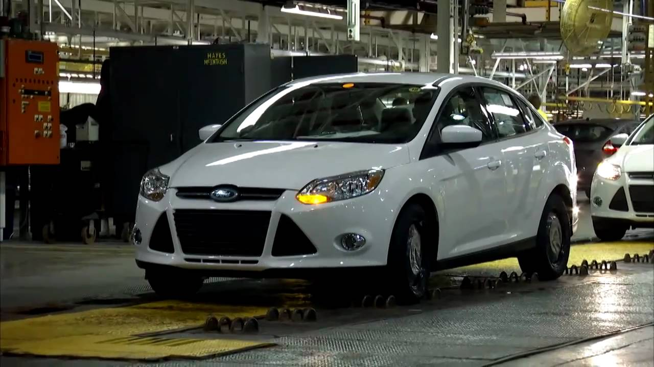 ► 2012 FORD FOCUS at the Michigan Assembly Plant