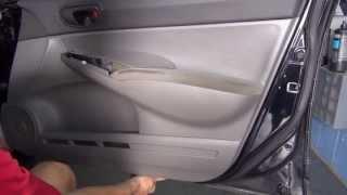 Как снять обшивку и дверь на Honda Civic