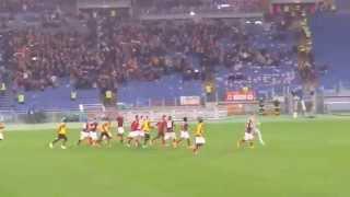 30/11/2014 Roma Inter 4 a 2 - Grazie Roma finale e saluto dei calciatori al pubblico.