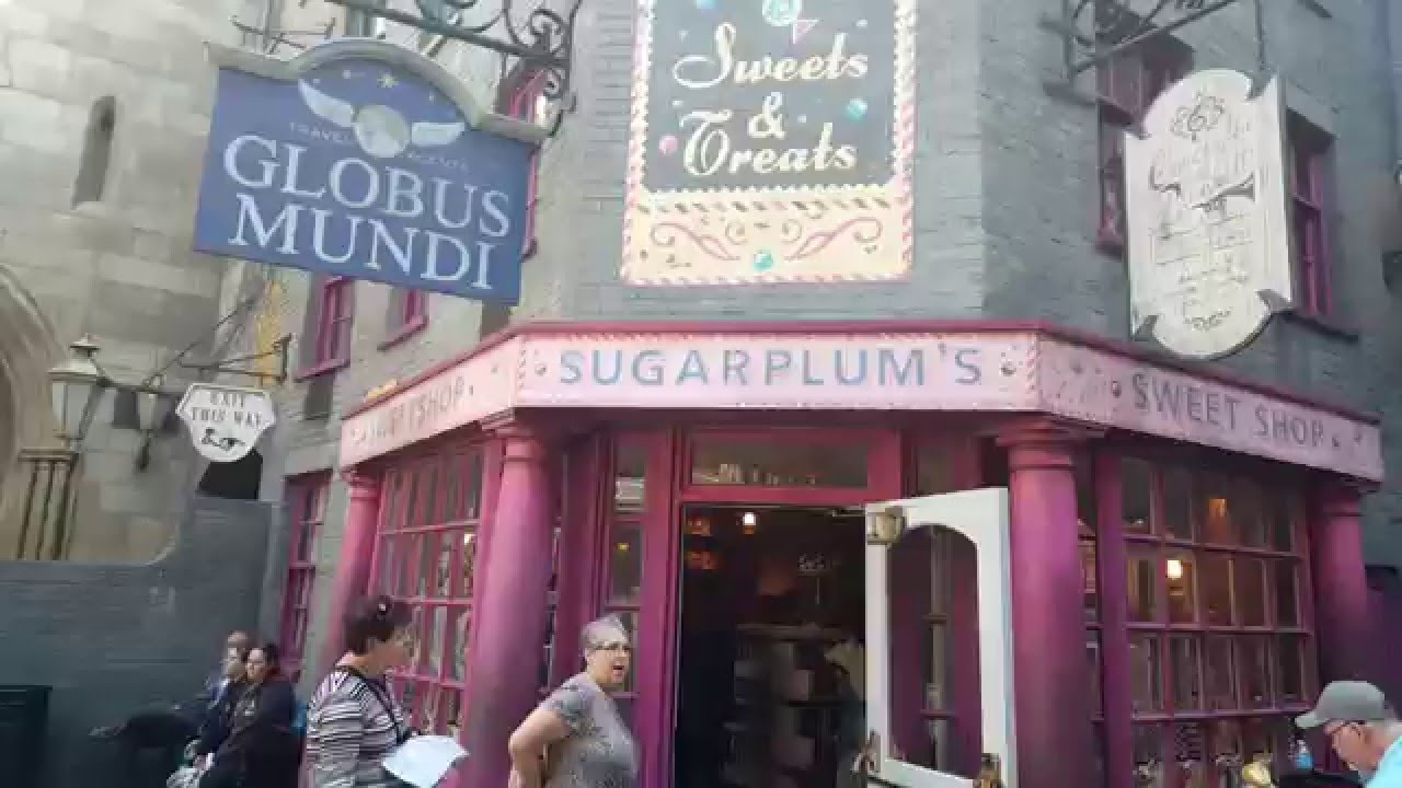 sugarplums candy shop in diagon alley at universal orlando youtube. Black Bedroom Furniture Sets. Home Design Ideas