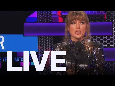 Taylor Swifts AMA Speech + WWEs Natalya and TJ   ET Canada