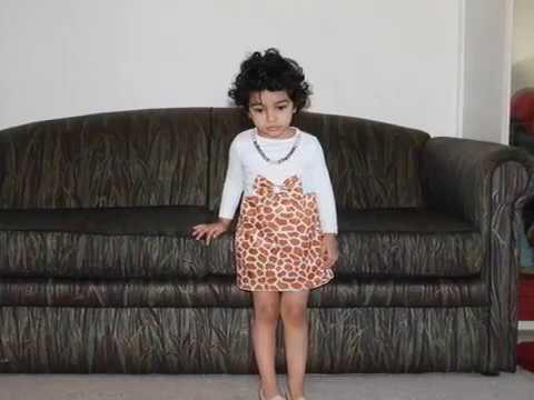 How to make an easy Dress or Giraffe Costume for Baby Girl  sc 1 st  YouTube & How to make an easy Dress or Giraffe Costume for Baby Girl - YouTube