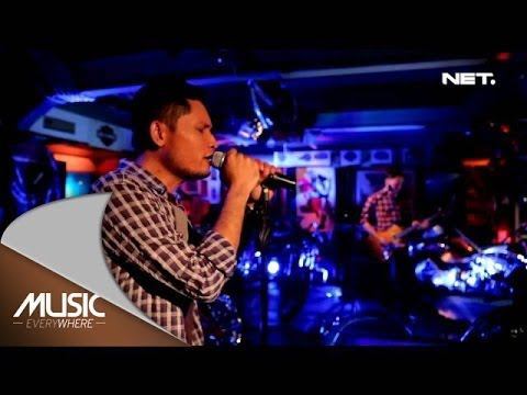 Music Everywhere - Main Hati - Andra and The Backbone