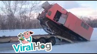 Funny Video: How to Mount a Trailer in Russia