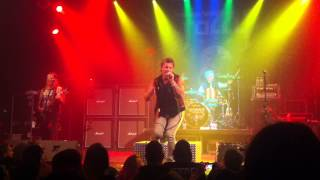 Fozzy - When The Lights Go Out (Live)