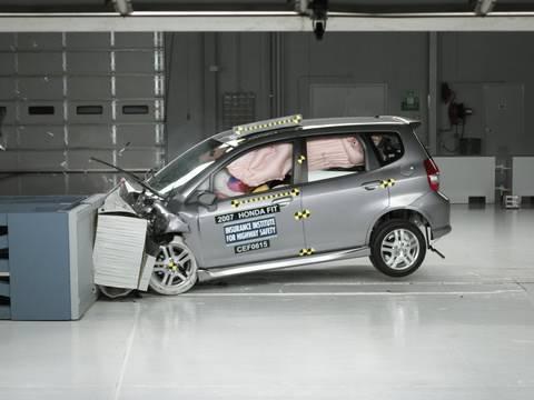 2007 Honda Fit Moderate Overlap IIHS Crash Test