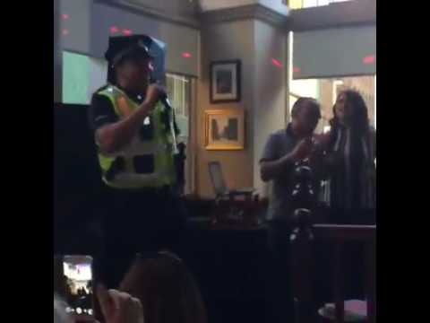 On duty Glasgow cop sings karaoke