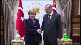 ميركل لأردوغان: هل تستطيع أن تكتب بالعربي؟ (فيديو)