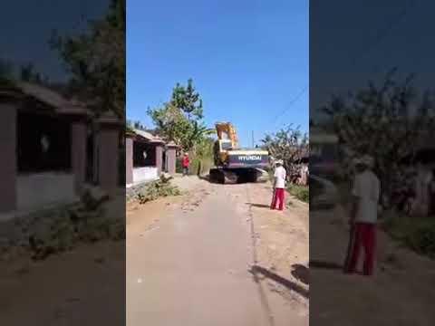 ViraaL..!!! Istri ketahuan selingkuh suami bertindak merubuhkan rumah