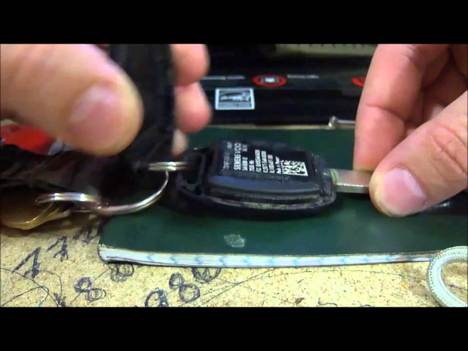 2008 (8th gen) Honda Accord: DIY how to replace your key ...