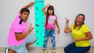 Laurinha quer ser alta e pular no pula pula (kids wants to be taller & jump on a trampoline)