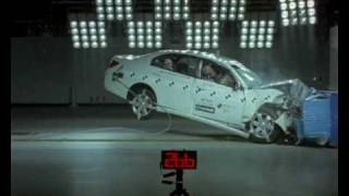 Holden Epica 2007 ANCAP Crash Test 4 Stars