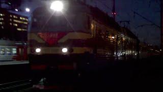 ЧС7-077 с поездом №26