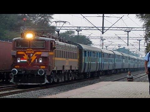 12135 Pune - Nagpur SF Express crossing Hadapsar - Indian Railways