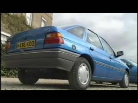 Old Top Gear from 1990: Jeremy Clarkson Review a Ford Escort (1990 Top Gear)