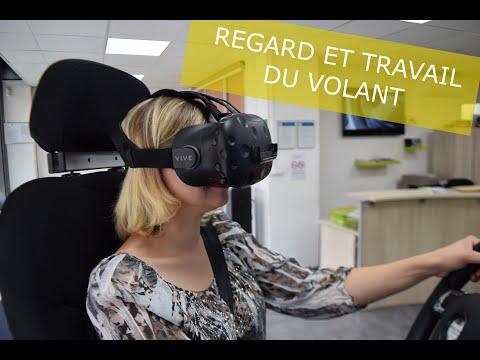 Sur le simulateur pour le travail du volant et du regard