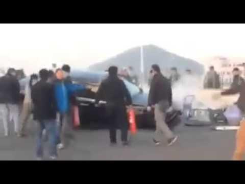 accident-de-voiture-sur-le-tournage-d'un-film