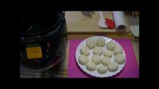 Домашние видео рецепты  - простые сырники с манкой в мультиварке