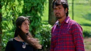Aathmiya Confesses Her Love For Sivakarthikeyan - Manam Kothi Paravai