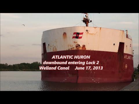 Ship ATLANTIC HURON smokes the rub rail