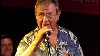 Smack dab in the middle (Ray Charles) Pete York (Spencer Davis Group) live in Friedrichsdorf