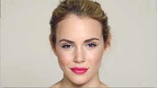 60 second masterclass: bright summer lip Thumbnail