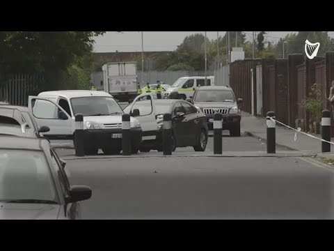 VIDEO: Armed gardaí fire shot and arrest Kinahan gunman 'on way to hit'